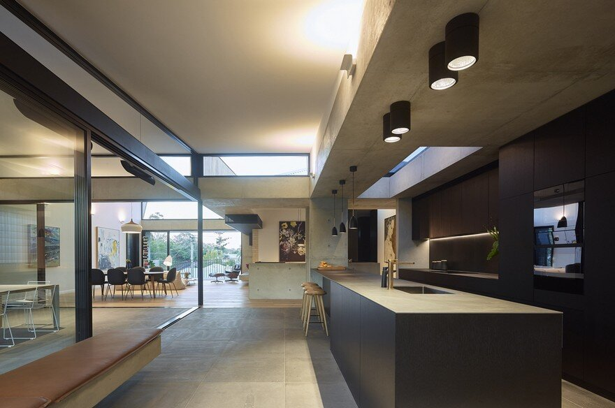 Sorrel House by Shaun Lockyer Architects