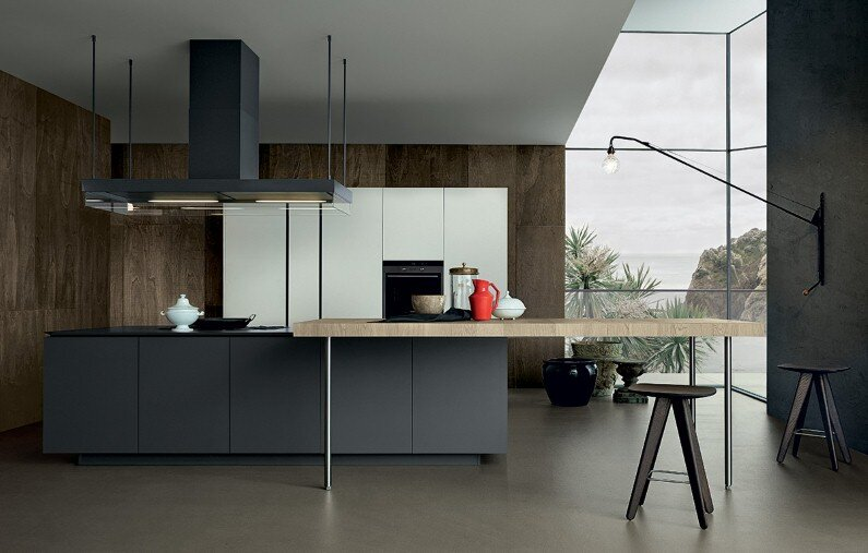 Bright and spacious kitchens with modern design from Poliform
