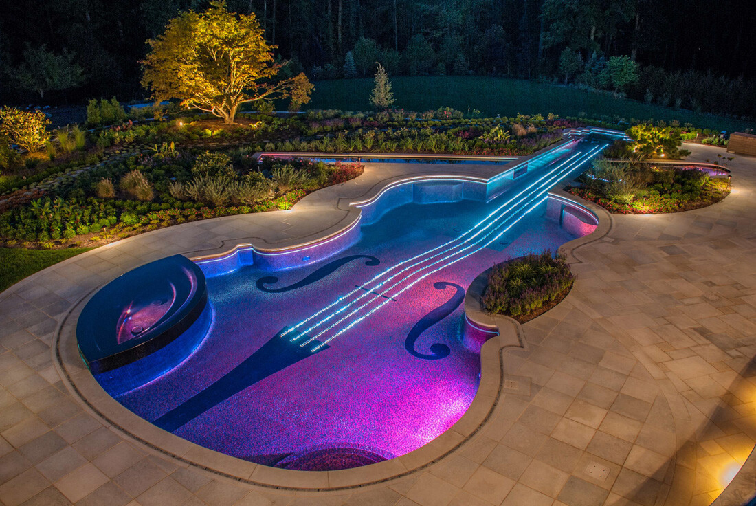 Stradivarius pool, made out of love for the violin
