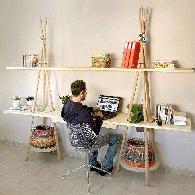 Modular shelving system inspired by nomadic habits