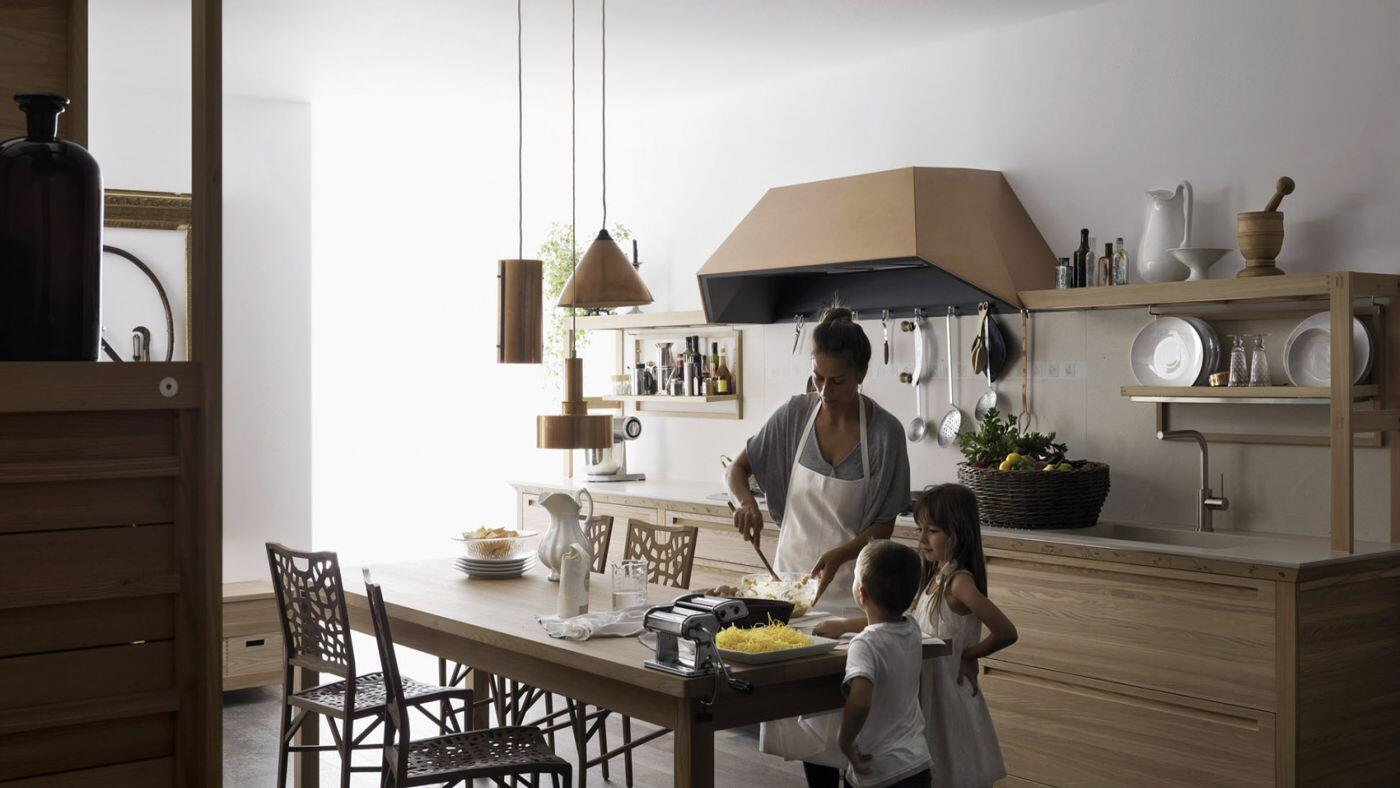 Valcucine kitchens – old handicraft techniques and contemporary design