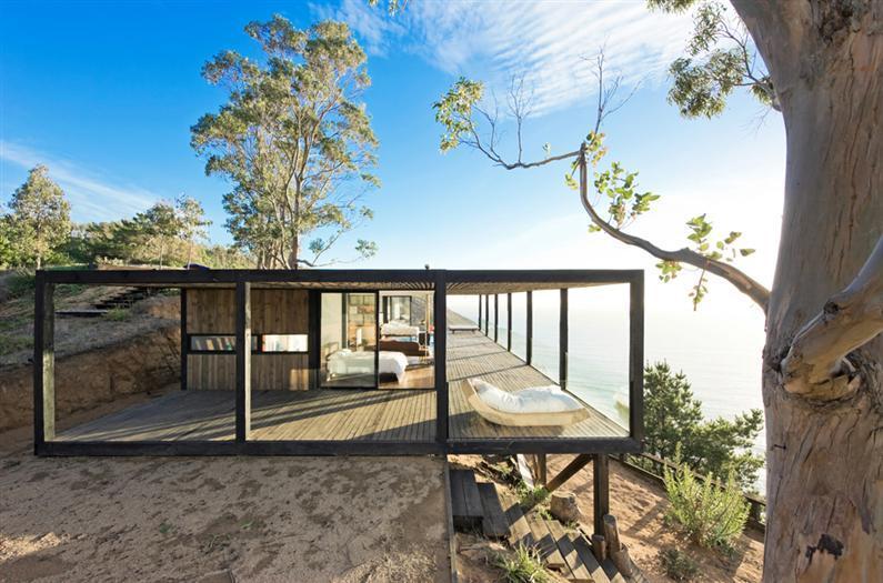 Till house by WMR Arquitectos