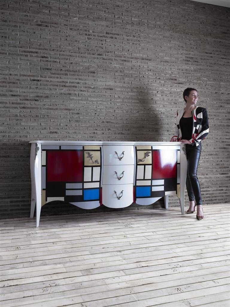 Lola Glamour A World Full Of Color And Sophisticated Design # Muebles Lola Glamour