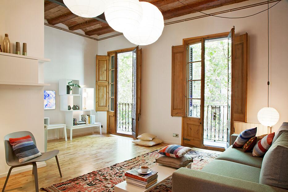Enric Granados apartment / Barcelona