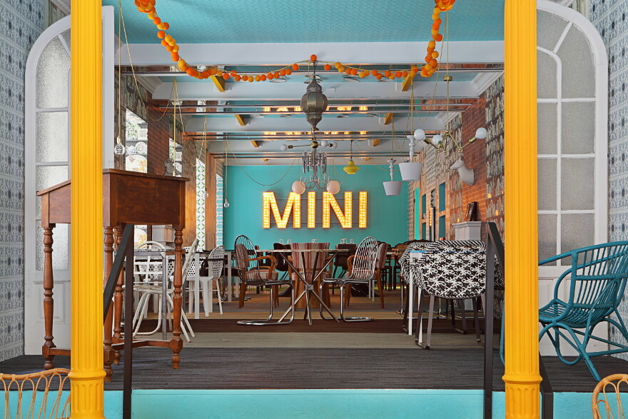 MINI & dASSA bASSA restaurant / Guille Garcia-Hoz