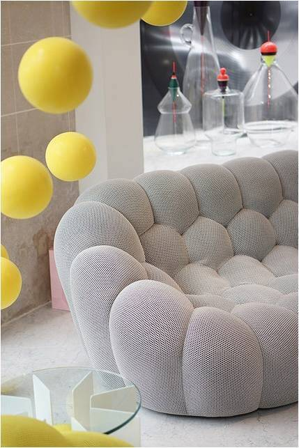 awesome bubble sofa by sacha lakic stylish colourful and completely handmade with bubble roche. Black Bedroom Furniture Sets. Home Design Ideas