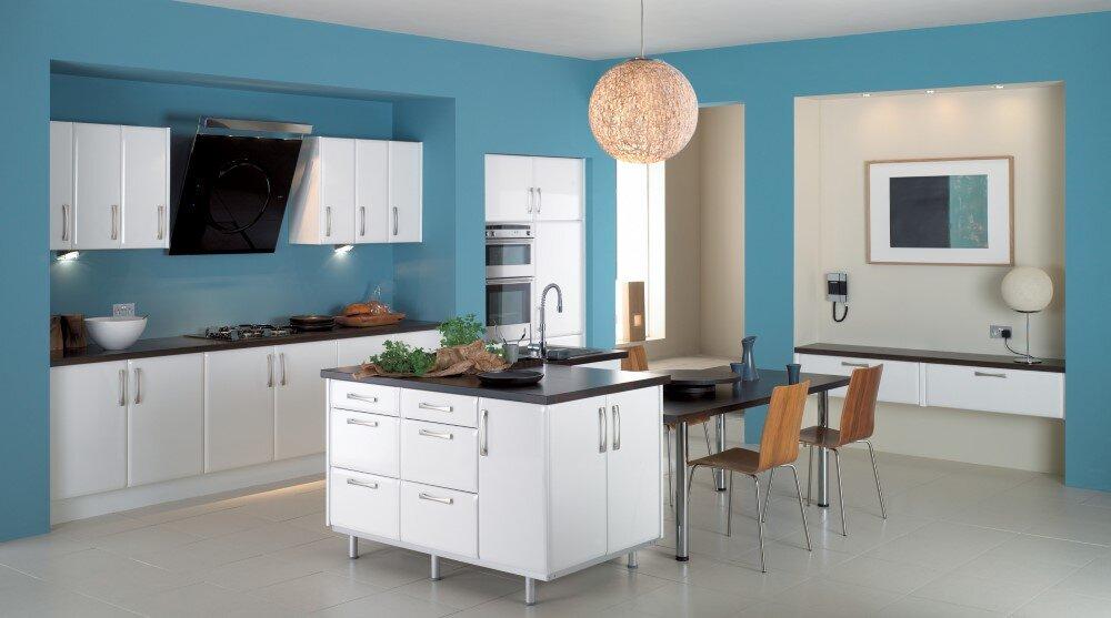 Painting Room With Hues Of Blue - www.homeworlddesign. com (12) (Custom)