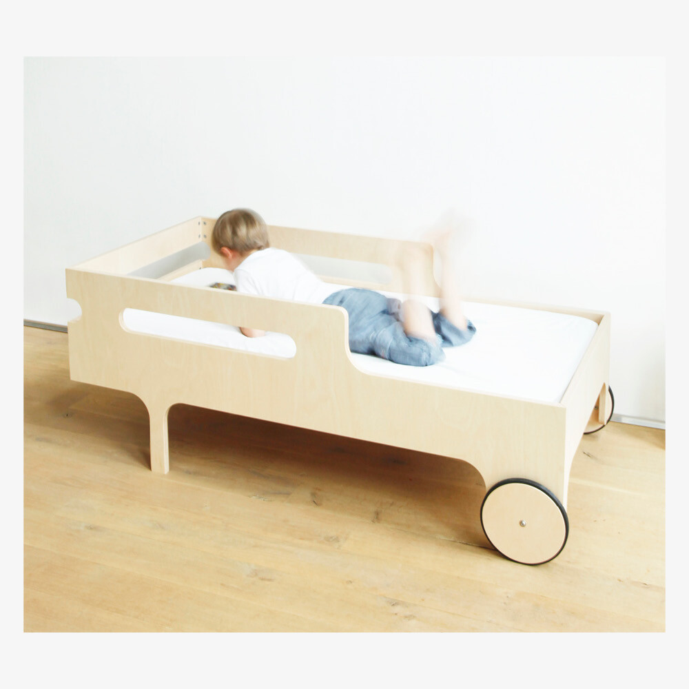 R toddler bed by Rafa Kids – modern, playful and functional toddler bed