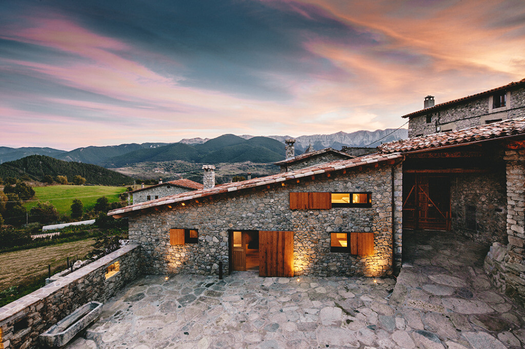 Refurbishment in La Cerdanya / Dom Arquitectura