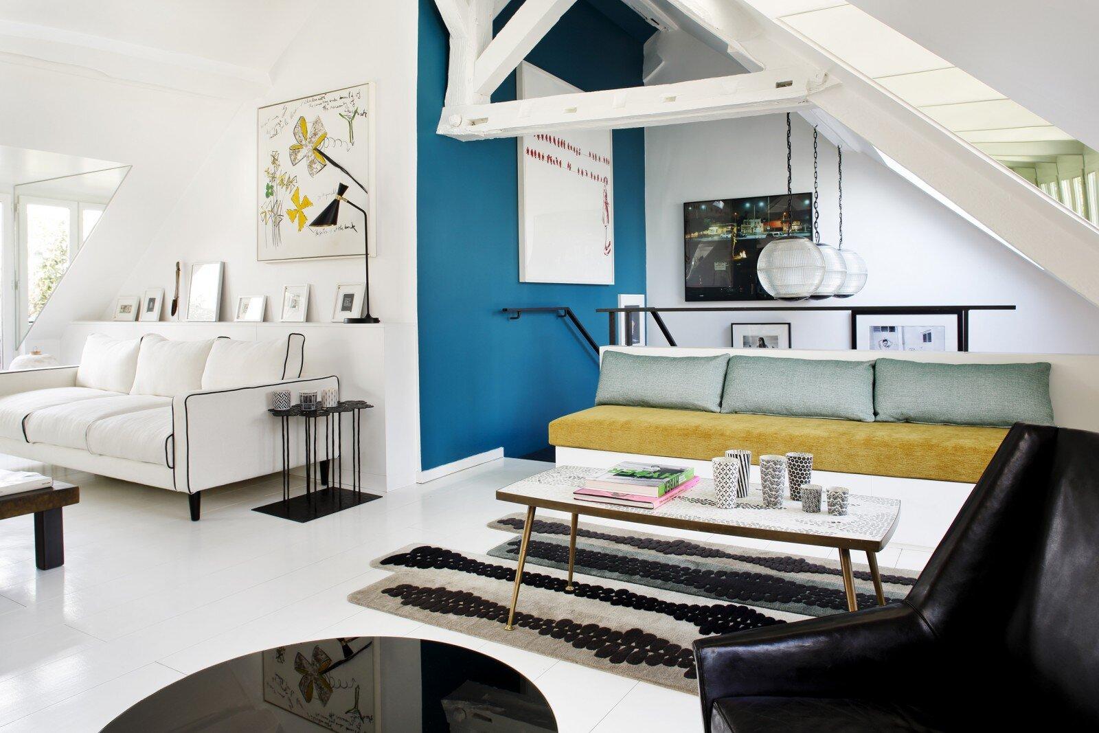 Elegant parisian duplex representative for Sarah Lavoine's style