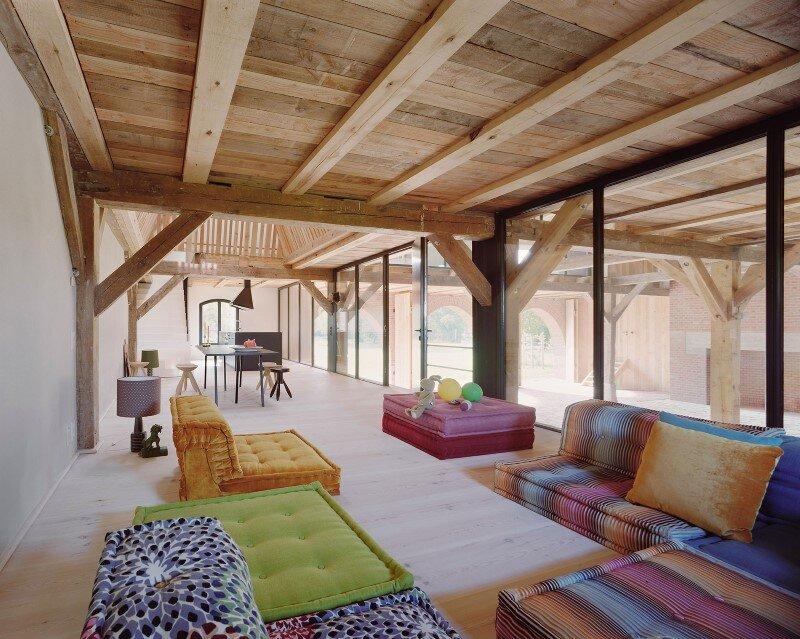 Red Barn by Thomas Kroger: Converting a Barn in an Attractive Holiday Destination