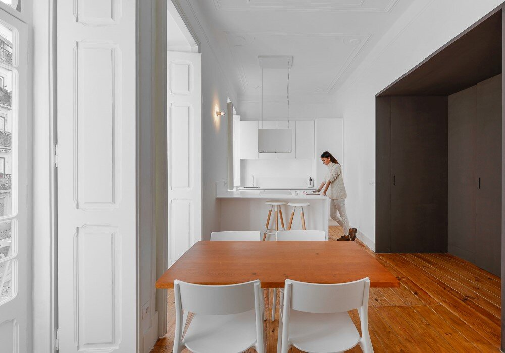 House in Mouraria minimal and modern in a historic neighbourhood in Lisbon - HomeWorldDesign (4)