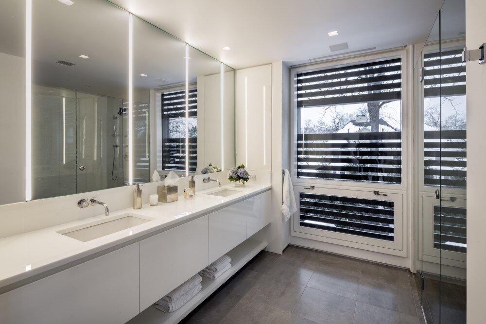 bathroom by Moore & Partners Architects JOEB - HomeWorldDesign (17) (Custom)
