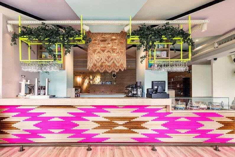 Wanda Café Optimista by Spanish designer Parolio