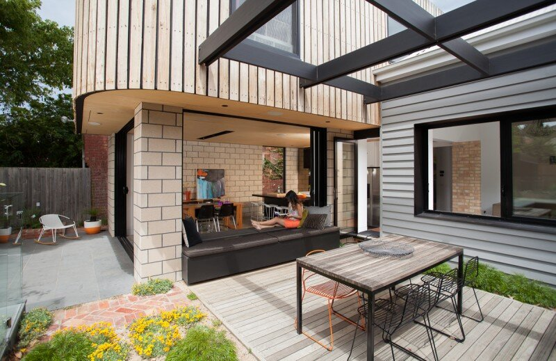 contemporary terrace- Balaclava House, modular addition