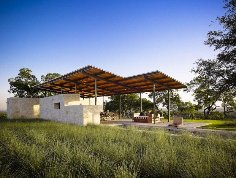 Story Pole House designed by Lake Flato Architects, Center Point, Texas