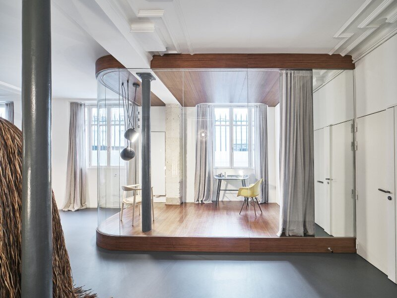 Apartment in Paris with a gorgeous interior design customized with walnut and glass (5)