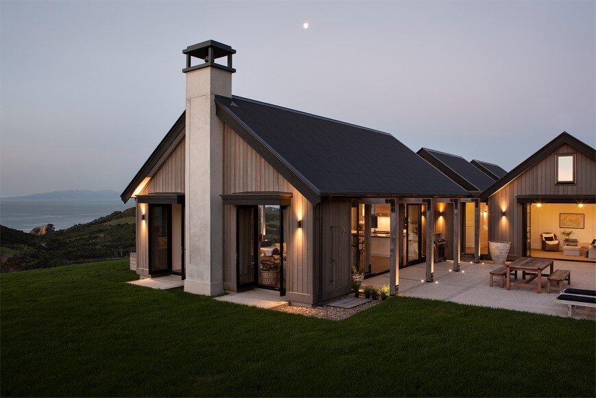 Bold architecture with maximum exposure to the views and for Coastal home designs nz