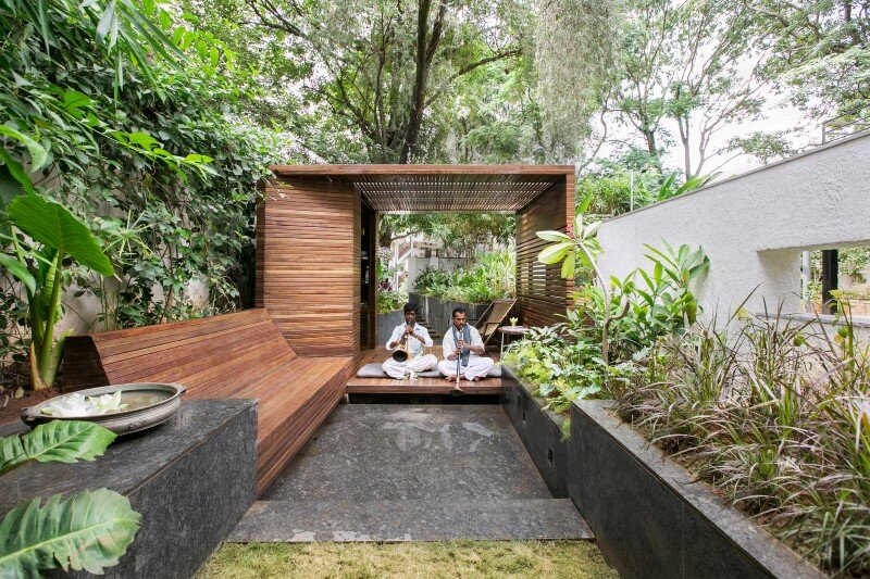 Garden pavilion for reading and relaxation in nature