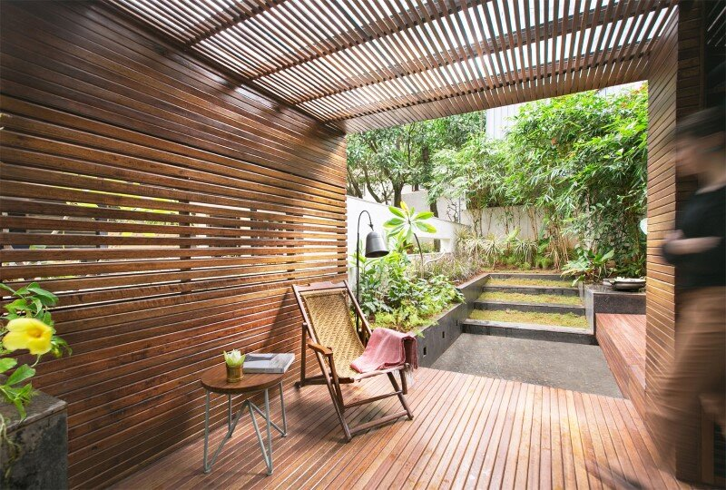 Garden pavilion for reading and relaxation in nature 3
