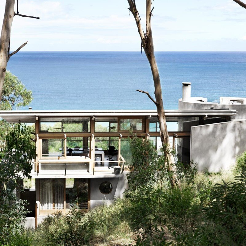 Ocean Retreat sculpted from concrete, timber and glass (15)