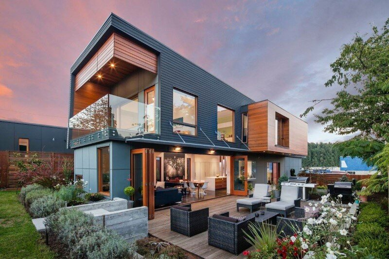 Double High house: elegant and efficient re-interpretation of the typical suburban home