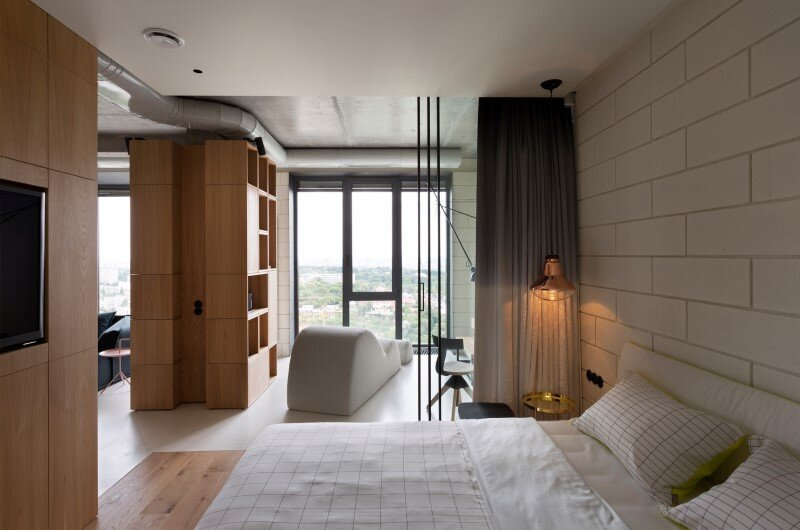 Penthouse with concrete partitions and ceiling and a glass-wall windows (10)