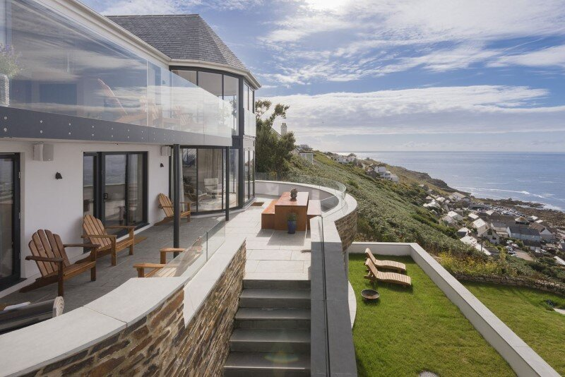 Replacement of an outdated bungalow with a luxury holiday home – Gwel-An-Treth