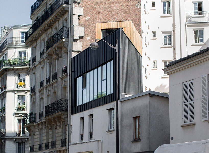 Small Parisian house with a singular geometry