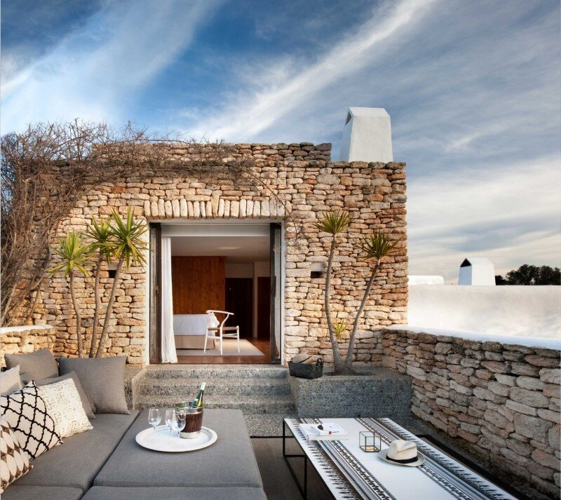 Vacation house in Ibiza with interiors designed by TG Studio