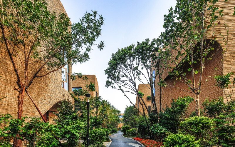 Villas complex with stunning sculptural facades