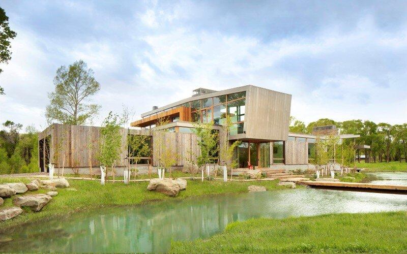 Big Timber Riverside House - Montana ranch by Hughesumbanhowar Architects (4)
