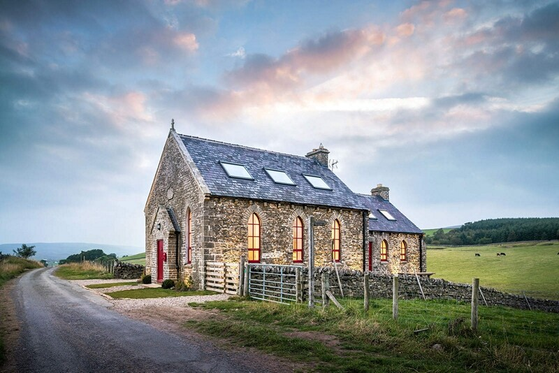 Chapel on the Hill: Boutique Conversion of a Methodist Chapel