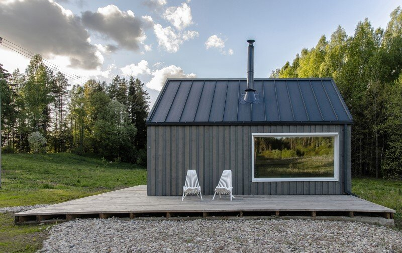 Hunting House designed for a hunter's family leisure time (6)