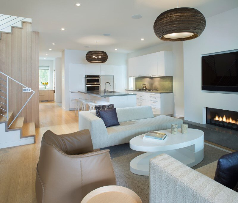 Sustainable design and modern interpretation of the historic miner home Game On House (3)