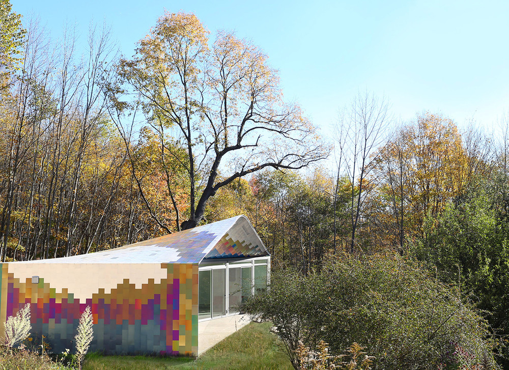 Butterfly House – 1000 sf Colorful Guest House in the Woods