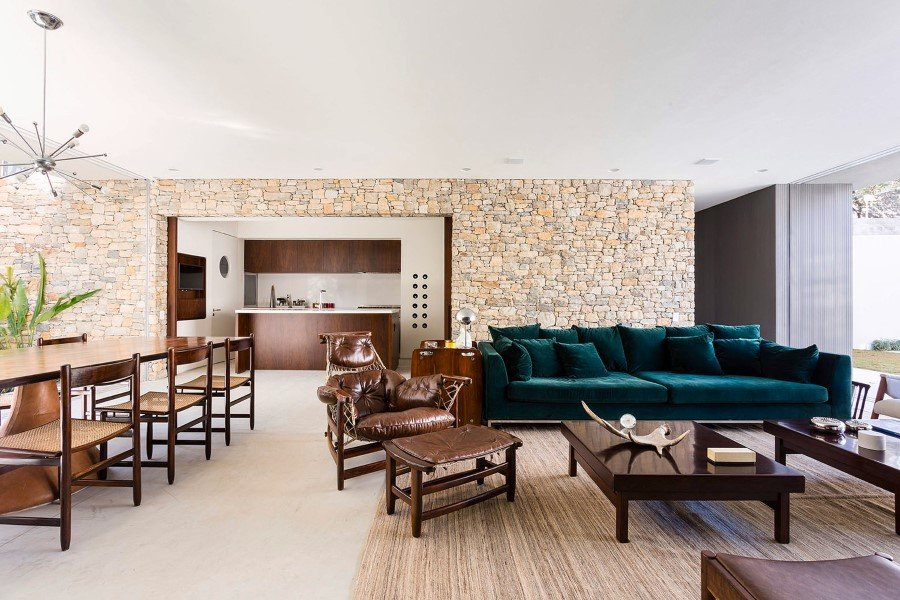 Lara House is a Generous and Light-filled Home in Sao Paulo