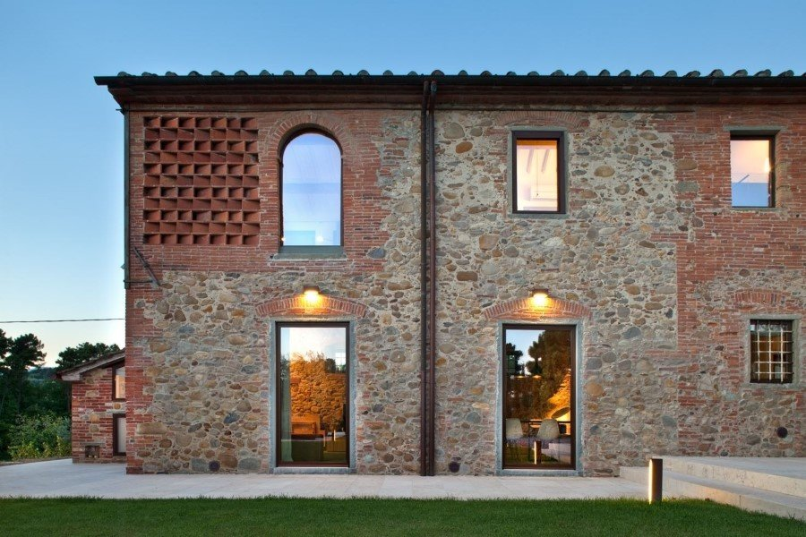 Old country house renovated by Mide Architects