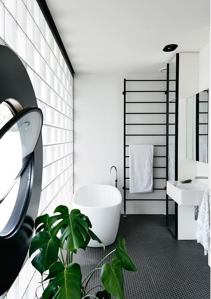 bathroom by Kennedy Nolan (3)