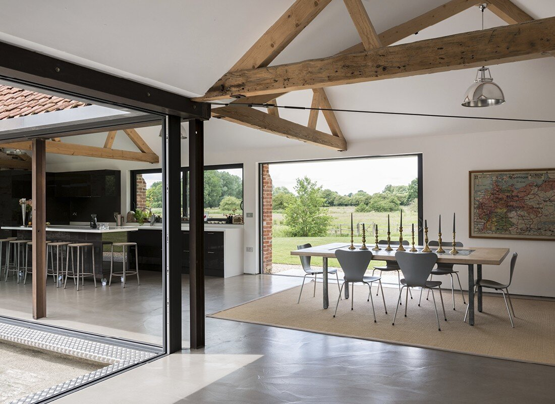 Contemporary barn conversion - Abbey Hall in the Picturesque Town of Eye (2)
