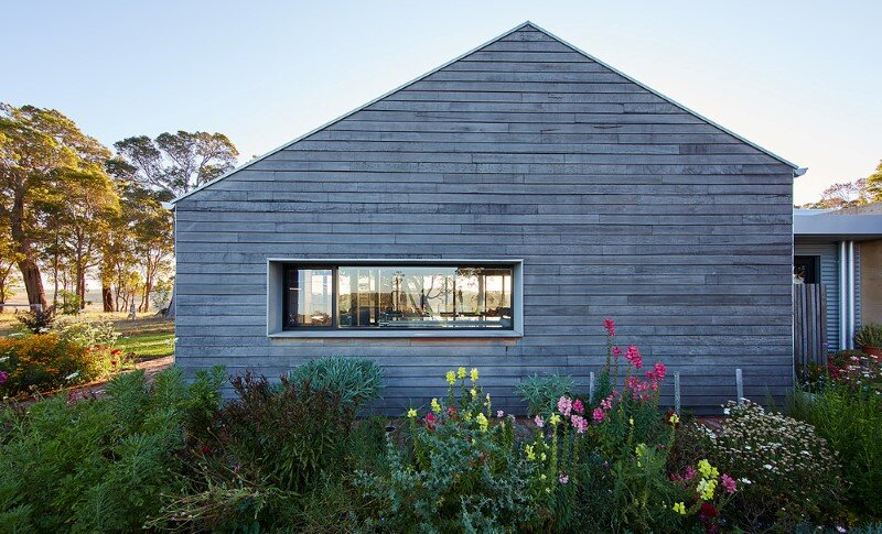 Modern Australian Farm House with Passive Solar Design (4)