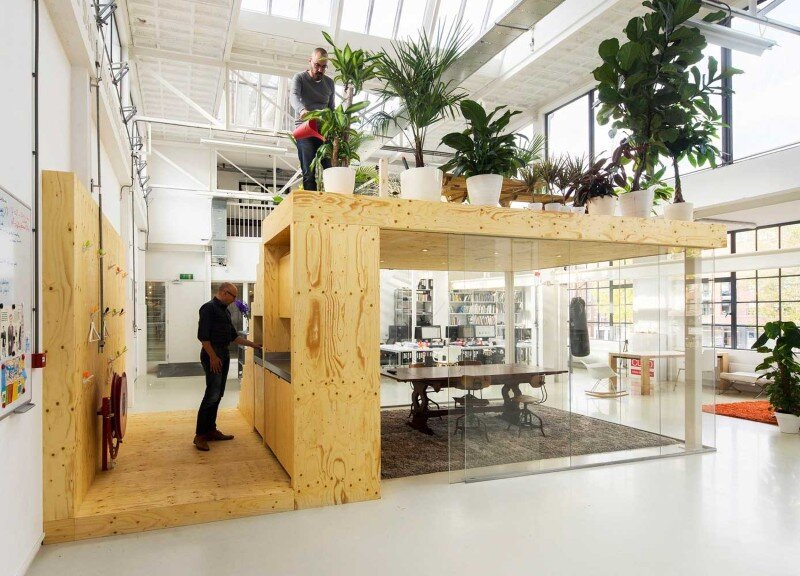 Loft Office for Architecture in Rotterdam / Jvantspijker