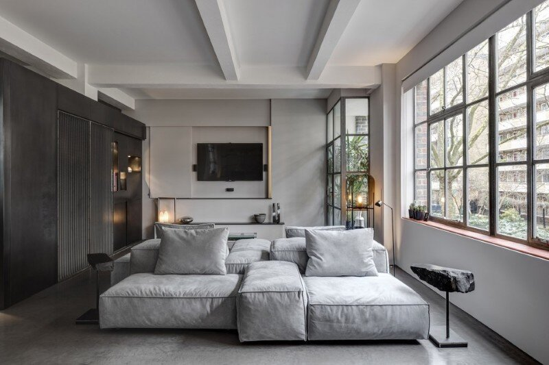 Theatrical Apartment – Industrial London Warehouse Conversion