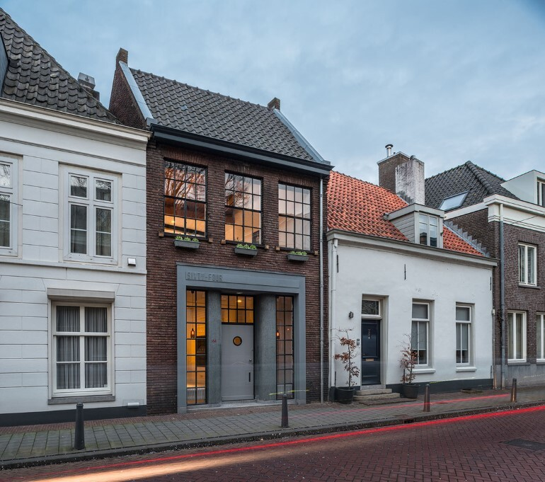 EVA Architecten have transformed an old workshop into a charming apartment (12)