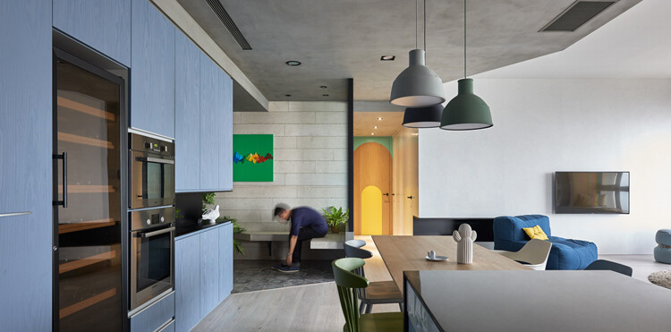 This Family Apartment is A Boundless Space of Joy and Delectable Delights (2)