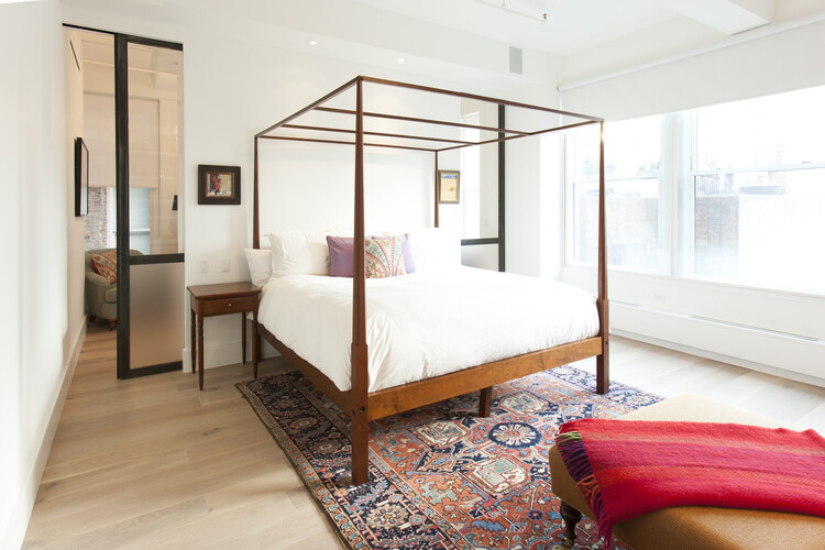West 29th Street Loft in Silicon Valley for a Family with Four Kids (11)