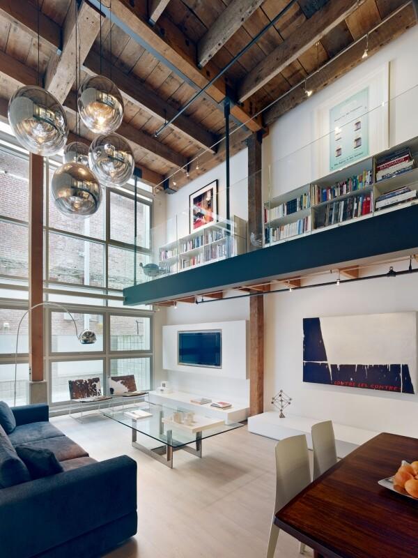 Oriental Warehouse Loft: Complete Reconfiguration of a ...