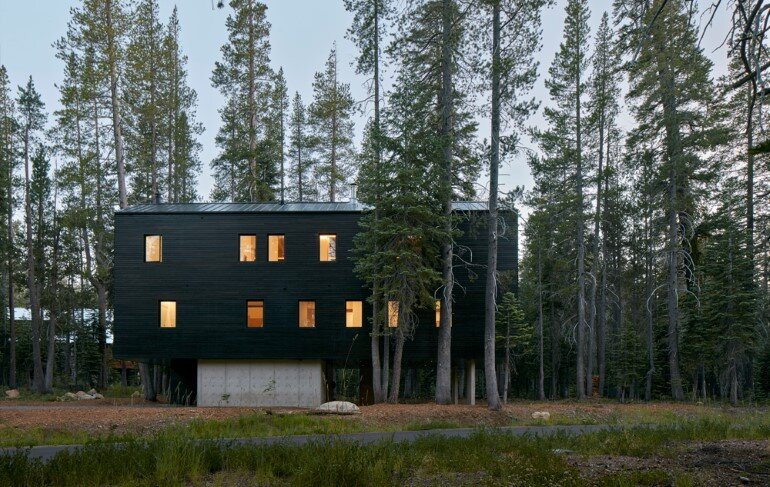 Trollhus - Alpine Chalet in Norden, California (1)