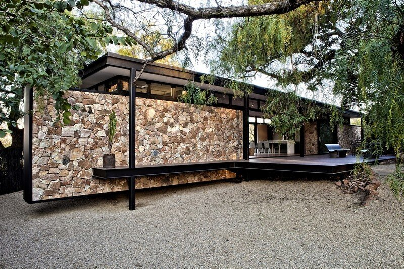 Westcliff Pavilion – Steel-Framed Cottage Located in Johannesburg