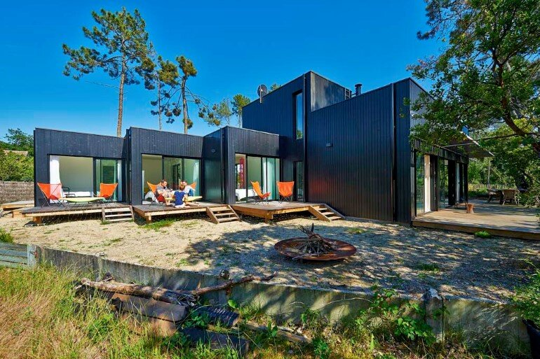 Wood Frame House in Cap Ferret by S+M Architectes